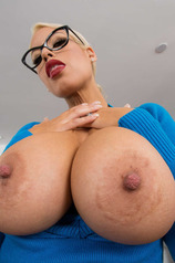 Bridgette B Shows Her Huge Fake Tits
