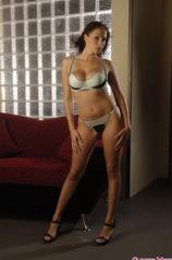 Gianna Hot Strip Tease