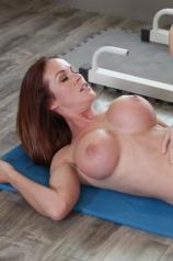 Sabrina Cyns Naked Workout
