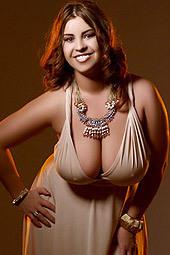 Busty Gizelle Webcam Model