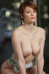 Sexy Redhead Babe Bree Daniels
