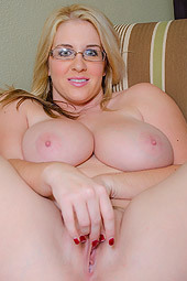 Raquel Stoops