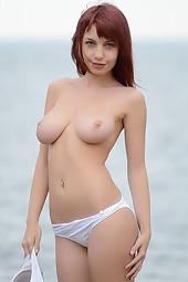 Natural Big Boobed Redhead Alma