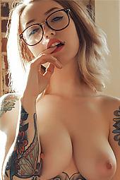 Bae Busty Inked Girl