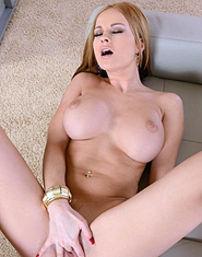 Sexy Female Exec Masturbates
