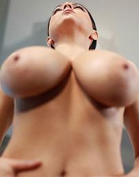 Ewa Sonnet Posing Naked