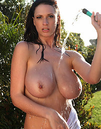 Lana Kendrick Wet And Horny